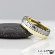 Columba yellow - Zlatý snubní prsten a damasteel, dřevo - zatmavené