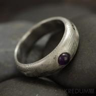 Siona a ametyst kabošon - Kovaný snubní prsten damasteel - dřevo