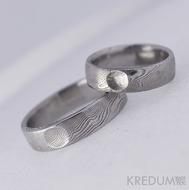 Snubní prsten kovaná nerezová ocel damasteel - PRIMA s ozdobou - dřevo