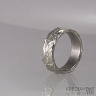 Motaný snubní prsten nerezový - Gordik, velikost 63