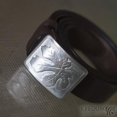 Nerezová spona na opasek s fíkovým listem a kožený pásek
