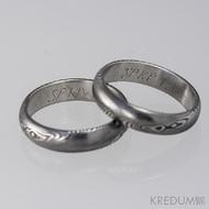 Ruční rytí - na vnitřní stranu prstenů - tiskací písmo, velké typy