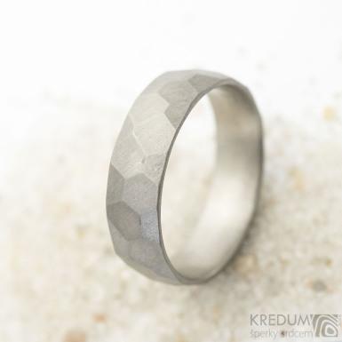 Skalák titan - matný - Kovaný titanový snubní prsten, SK3690