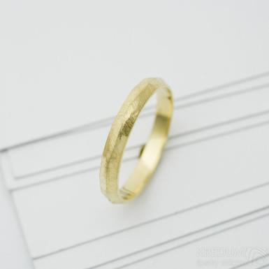 Klas gold yellow - zlatý snubní prsten - SK3969