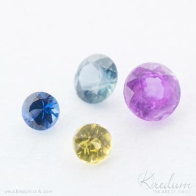 Smaragd, safír, rubín - průměr 2,3 mm - broušený drahý kámen