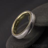Orion yellow - dřevo - Zlatý snubní prsten a damasteel