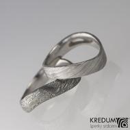 Kovaný nerezový snubní prsten damasteel - FOREVER, voda tmavý