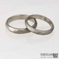 Prsten kovaný - Skalák titan - matný