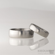 Prsten kovaný - Klasik titan - lesklý
