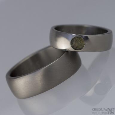 Prsten kovaný - Klasik titan a kámen - lesklý