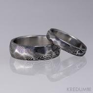 Snubní prsten damasteel - Rocksteel - dřevo tmavé, lept 75%, velikost 53/4 mm a 60/7 mm