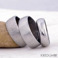 Žlábek matný - Kovaný nerezový snubní prsten