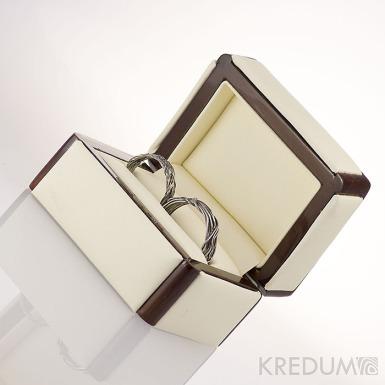 Dřevěná krabička s koženkou - Long image