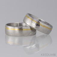 Snubní prsteny Golden line, damasteel struktura dřevo, lept 25% světlý, linka v 1/3 šířky