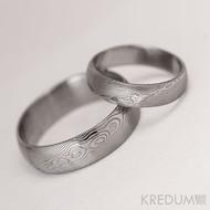 Snubní prsten damasteel - Prima + diamant 1,7 mm, struktura dřevo, lept 75% světlý