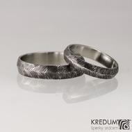 Kovaný nerezový snubní prsten - Klásek tmavý - velikosti 53/4 mm a 67/5 mm