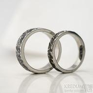 Archeos Glanc - Kovaný nerezový snubní prsten