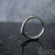 Cleans a čirý diamant 1,7 mm - velikost 54, šířka 5,5 do dlaně 4 mm, voda - lept extra - Damasteel snubní prsteny - k 1347 (3)