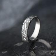 Cleans a čirý diamant 1,7 mm - velikost 54, šířka 5,5 do dlaně 4 mm, voda - lept extra - Damasteel snubní prsteny - k 1347
