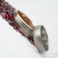 Cygnus titan red - vel 64, š 6 mm, okraje 2x0,75 mm hladké a Klasik titan vel 52, šířka 5mm , B -Snubní prsteny - k 1569