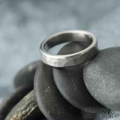 Draill line titan - matný - velikost 57, šířka 4,5 mm, tloušťka 1,7 mm - Titanový snubní prsten - k 1768 (2)