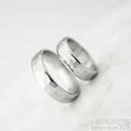 Draill line - velikost 48 a 57, šířka 5 mm, světlé, lesklé - Kované nerezové snubní prsteny - k 1451 (2)