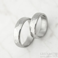 Draill line - velikost 48 a 57, šířka 5 mm, světlé, lesklé - Kované nerezové snubní prsteny - k 1451