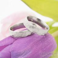Draill matný - velikost 58 a 62, šířka 5,5 mm, tloušťka střední - Kované snubní prsteny z nerezové oceli