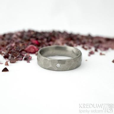 Draill titan a čirý diamant 1,7 mm - matný- 51, šířka 5 mm, tloušťka střední - Titanové snubní prsteny - k 1831