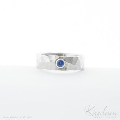 Natura světlá a broušený kámen safír 2,7 mm do stříbra - kovaný snubní prsten z nerezové oceli - SK4158