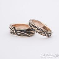 Gordik mokume gold red patina - šířka 5 mm a 7 mm - Motané snubní prsteny ze zlata
