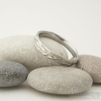 Gordik - velikost 70, šířka 4 - 4,3 mm, s vnitřním zaoblením - Motaný snubní prsten nerezový, SK2210 (2)