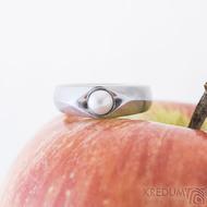 Gracia steel matný bílá perla, nerezový zásnubní prsten - sk2428 (2)