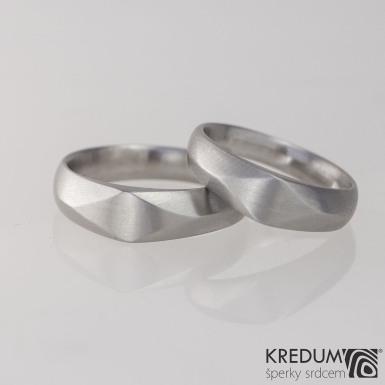 GRADA steel matný - Kovaný zásnubní prsten damasteel