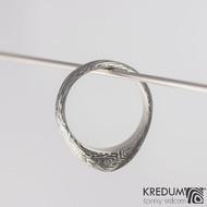 Grada, voda - Damasteel zásnubní prsten - vel 53, šířka 4,7 - 7 mm, lept 100% zatmavený - S2022 (2)