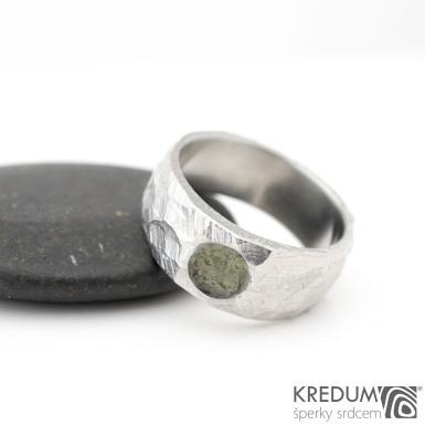 Klasik BG a kámen natural - Kovaný nerezový snubní prsten