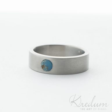 Prima titan a kámen natural tyrkys s kresbou - matný - kovaný snubní titanový prsten - SK4163