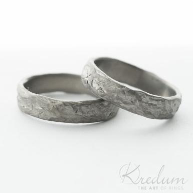 Archeos titan - kovaný snubní prsten