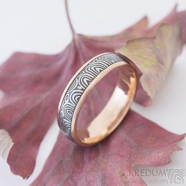 Kasiopea red kolečka - 61, šířka 5,5 mm, 1,8 mm, lept 75%TM, E, okraje 2x0,75 mm - Snubní prsteny zlato a damasteel - sk2371 (4)