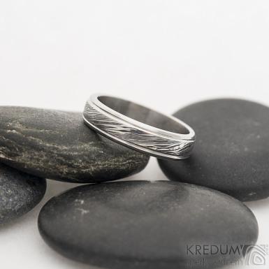 Kasiopea Steel - voda - Kovaný snubní prsten, SK2479