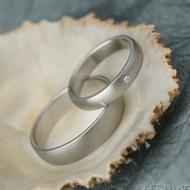Klasik a diamant 1,5 mm - 51, šířka 3,5 mm a Klasik - 63, šířka 5 mm, oba profil B, mat - Kované snubní prsteny z oceli - k 2163