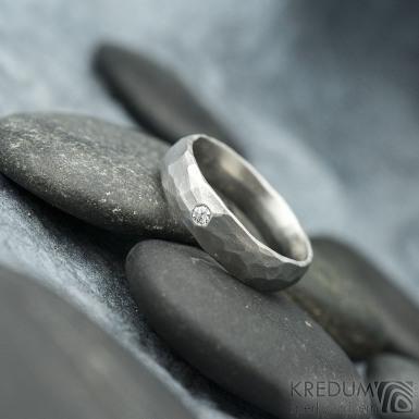 Klasik draill a diamant 2 mm - velikost 52 CF, šířka 4,5 mm, tlošuťka střední, matný - Prsten z nerezové oceli - k 1812