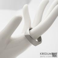 Kumali 68 7,5 1,8 mm - Nerezový prsten sk1290 (3)