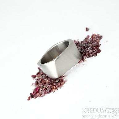 Kumali nerez  - 65, šířka 10,8 mm, tloušťka 1,8mm, matný - Kovaný nerezový snubní prsten, SK1288 (3)