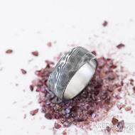 Natura - 60, šířka 8,5 mm, tloušťka střední, struktura dřevo - Snubní prsten nerezová ocel damasteel, SK2465 (3)