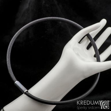 Kožený náhrdelník - Samuel černý - tmavý korálek s leštěnými okraji