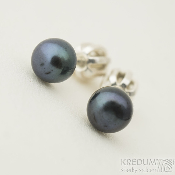 Perlové náušnice - přírodní perly - kiki black 5,3 mm