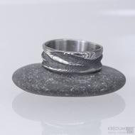 Snubní prsten damasteel - Pán vod, velikost 52 a šířka 7 mm