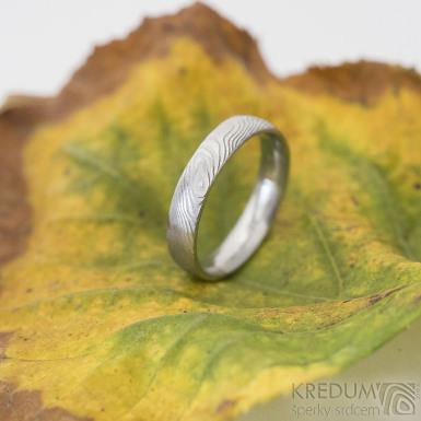 Prima - 50, šířka 3,8 mm, tloušťka 1,4 mm, dřevo 75% SV, profil E - Damasteel snubní prsteny - SK2221 (4)