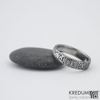 Prima - 57,5 4,7 1,3 B 75% TM - Damasteel snubní prsteny s993